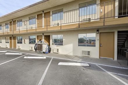Select a mortgage broker - Motel Loans